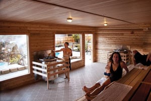 sauna_glen_melissa_ben_cmyk_pr-fix-floor-copy