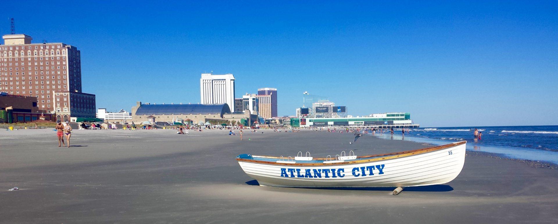 Game On In Atlantic City America S Golfing Couple
