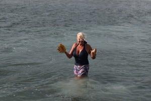 Conch diving diva